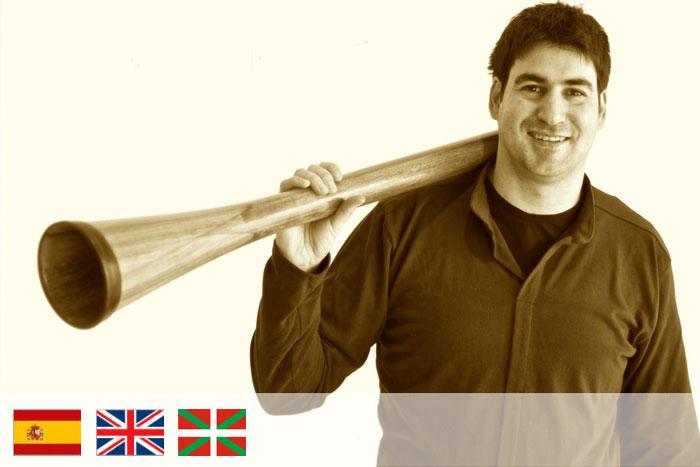 Iban Nicolai. Profesor de didgeridoo